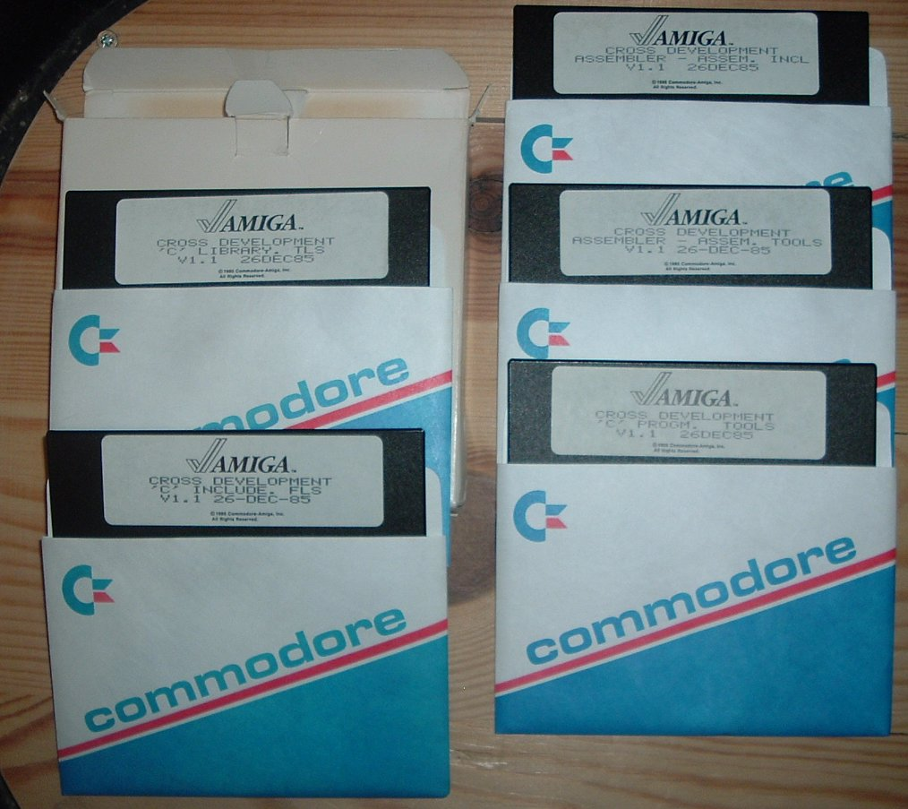 Commodore Development SDK V1.1 Decemeber 1985