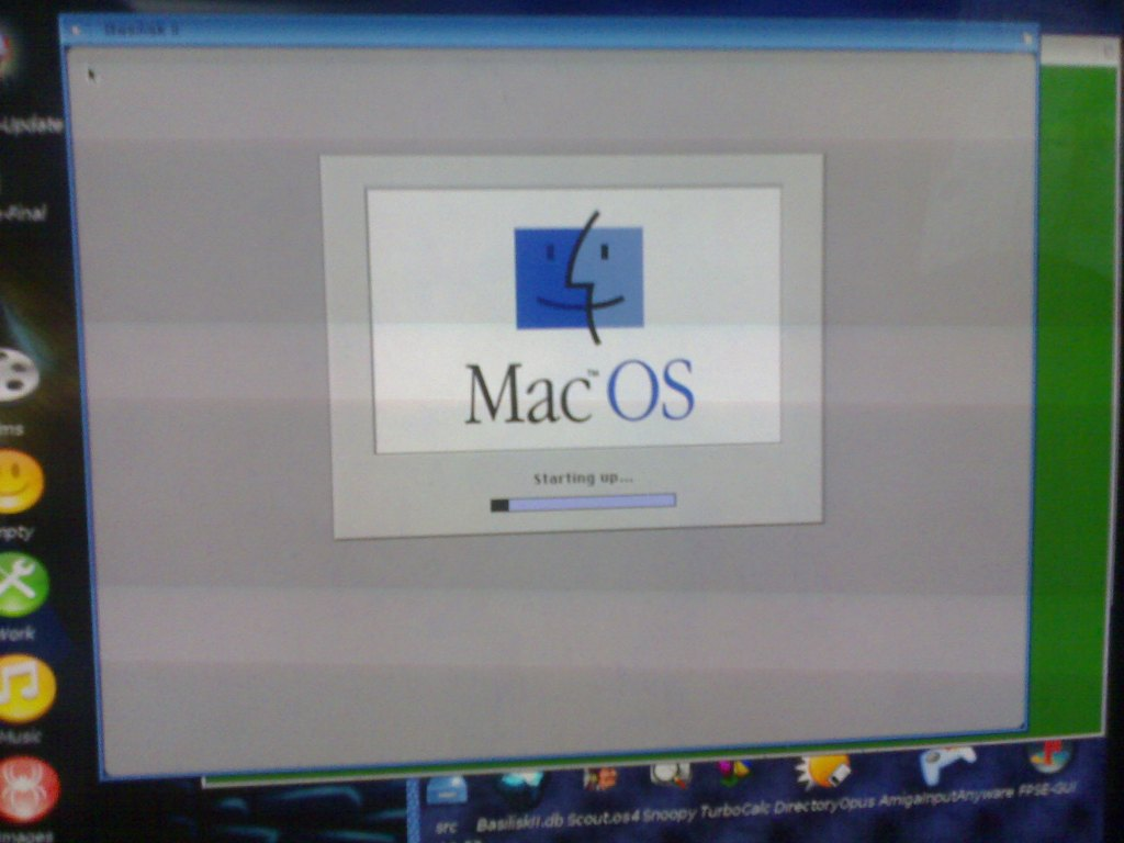 MacOS7.5.5 on AmigaOS4 image 1